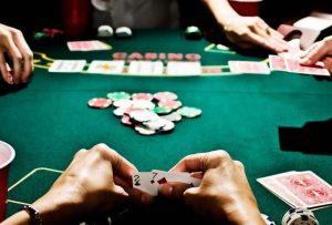 Poker oynamak baccarat punto banco